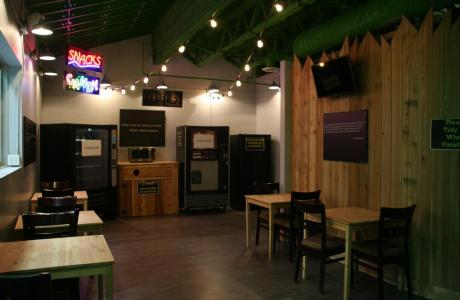 Cafe and Kitchen