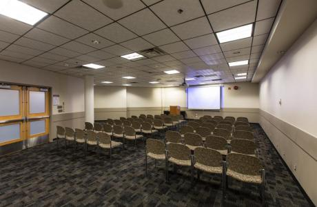 Alpine Room - Private room ideal for meetings, workshops or seminars.