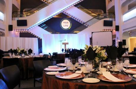 Awards Dinners or Wedding Dinner, we can adapt the space to fit your needs