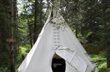 Tipis - 1 x tipi for10 guests - Camp Chief Hector, Canmore, Canadian Rockies