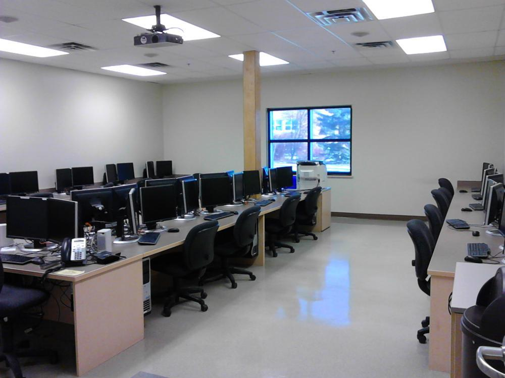 Bell 981 Computer Lab