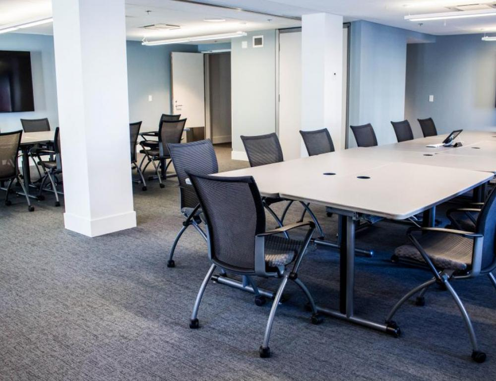 Boardroom seating: North and Central Canada Rooms combined